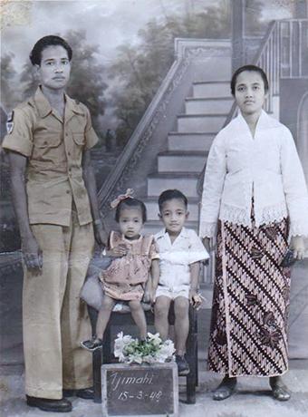 Familie Lahumeten - lies en elek Tjimahi 1948